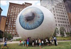 We have slain the giant, and took his eye. Tony Tasset's 30 foot eyeball sculpture in downtown Chicago is modelled after the artist's own. This was preceded by a mere version by Tasset in Laumeier Sculpture Park in St. Louis in What is coming next? Chicago Art, Chicago Travel, Chicago Illinois, Graffiti, Roadside Attractions, Just Dream, Expositions, Eye Art, Outdoor Art