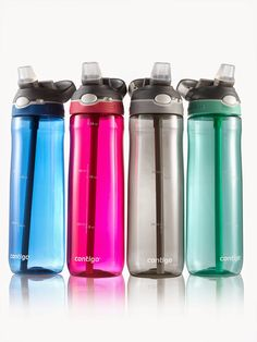 Convenient one-handed drinking. Push the Autospout® button and the spout flips open. No biting on the spout is required. There's also a special locking mechanism to keep users from accidentally pressing the Autospoutl® button. A carabiner clip makes it easy to clip the bottle to your bag or belt. This water bottle available with a capacity of 720ml or 1.2L is made of a durable and innovative plastic: TritanTM, which is odorless, stainless and 100% BPA free.