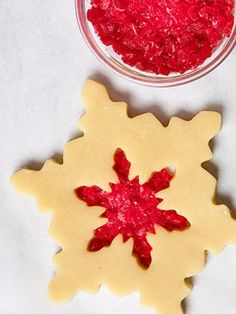 Stained-glass cookie. How to decorate dazzling cookies: http://www.midwestliving.com/food/holiday/recipes/how-to-decorate-christmas-cookies/#page=4