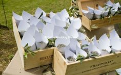 Lavender cones decorated with olive leaves | Italian Wedding Dream