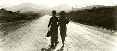 Charles Chaplin y Paulette Godard en Tiempos Modernos