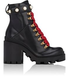 GUCCI Trip Leather Ankle Boots. #gucci #shoes #