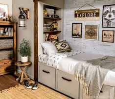 Live your best lodge life with stylish accent pieces wall decor and more! Live your best lodge life Western Wall Decor, Western Rooms, Wood Wall Decor, Lodge Bedroom, Boys Bedroom Decor, Bedroom Wall, Bedroom Ideas, Ikea, Lodge Decor