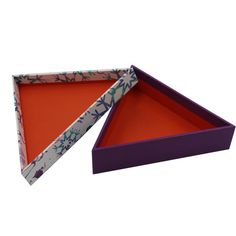 Triangular the christmas box christmas storage boxes Christmas box print,OEM welcome Christmas Storage Boxes, Christmas Gift Box
