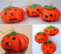 The spirit of Halloween is best celebrated with handmade crafts. Here are 31 easy to make DIY halloween craft ideas for kids. Diy Halloween, Theme Halloween, Halloween Decorations For Kids, Halloween Paper Crafts, Paper Crafts For Kids, Paper Decorations, Halloween Pumpkins, Halloween Projects, Halloween Night