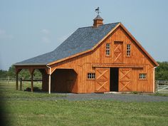 Barns - Slideshow of Different Barn Images