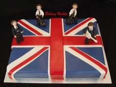 I like the union jack cake idea Beatles Birthday Party, 80 Birthday Cake, Beatles Cake, The Beatles, Fancy Cakes, Cute Cakes, Union Jack Cake, British Themed Parties, British Cake