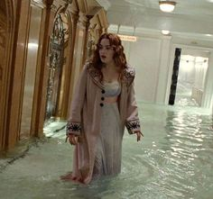 Image about water in moviess and series by mialazic Titanic Deaths, Rms Titanic, Titanic Photos, Titanic Movie Facts, Flat Earth Proof, Titanic History, Blonde Bob Cuts, Curly Blonde, Curly Bob