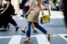 Scarpe in velluto, il protagonista assoluto di questo autunno-inverno #nfw #design #fw16  #streetstyle #velvet #shoes