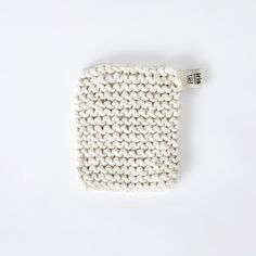 Knitted Flax Pot Holder - White