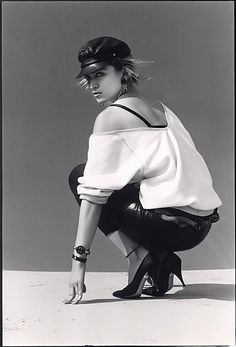 madonna steven meisel photography black and white Madonna Fashion, Madonna 80s, 80s Fashion, Lady Madonna, Vintage Fashion, Bae, Steven Meisel, Female Stars, Pop Singers