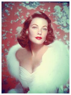 ♛ Old Hollywood Glamour, love the shaw... and of course Gene Tierney Is GORGEOUS