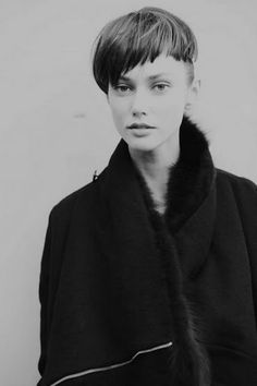Asymmetrical pageboy with undercut