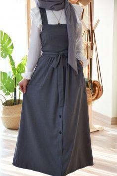 Hijab Casual, Hijab Outfit, Modest Fashion Hijab, Modern Hijab Fashion, Street Hijab Fashion, Hijab Fashion Inspiration, Abaya Fashion, Fashion Dresses, Abaya Mode