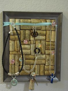 Wine Cork Jewelry Holder or note board, whatever works.....I have hundreds of wine corks, I think I will make mine into a note board!