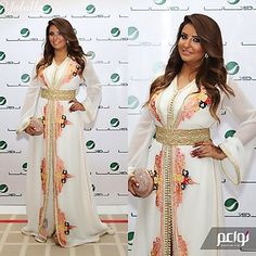 Moroccan Caftan Haute Couture Dresses, Couture Fashion, Caftan Gallery, Style Marocain, Eastern Dresses, Arabic Dress, Oriental Dress, Arab Fashion, Country Dresses