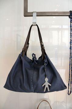 @henrybeguelin  per tutti i giorni.  #LeABoutique #Milano #fashion #bag