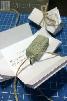 Флешки из бетона с уникальным минималистичным дизайном и вашим логотипом.  USB stick made of concrete minimalistic design and your logo. #gift #present #minimalistick #design #usb-flash #memorycard #logo #concrete #beton #office #loft