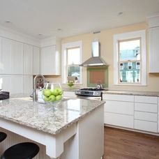 This white Kabinart kitchen is timeless and fresh with white marble countertops and contrasting bar stools. Marble Countertops, White Marble, Bar Stools, Kitchens, Houses, Fresh, Classic, Home Decor, Bar Stool Sports