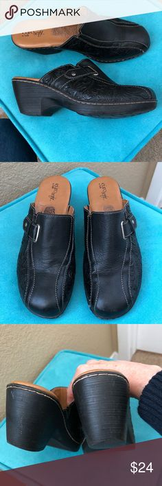 Sofft Black Leather Clogs Euro soft black slip on clogs with buckle and tooled leather. Very comfortable. In very good pre-owned condition. Sofft Shoes Mules & Clogs