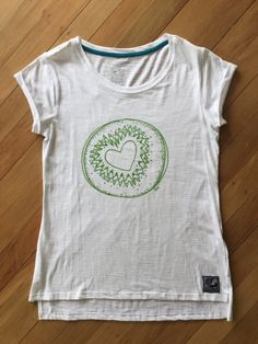 Ladies White Slub Love Kiwi Tee by SonjaHandcraftedTees on Etsy Ladies White, Kiwi, New Zealand, My Design, How To Draw Hands, Trending Outfits, Lady, Tees, T Shirt