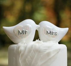 Cake topper mr & mrs