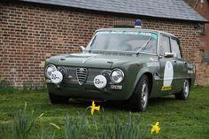 Alfa Romeo Giulia 1600 Super - Scuderia Pantere Storiche Polizia (via Gordon Calder)