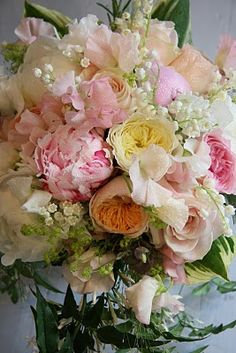 The Flower Magician: Sweetest Pinks, Delicate Apricots, Lovely, Lovely Wedding Bouquets