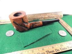 Unusual carvings and BIG: our Kaywoodie pipe of the day!