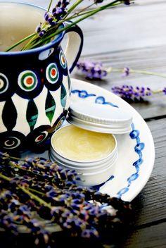Lavender & Calendula Rescue Balm czyli balsam ratunkowy z lawendą i nagietkiem by Lili Naturalna.