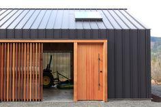 kazu721010:  Elk Valley Tractor Shed / FIELDWORK Design & Architecture