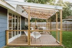 Best Backyard Patio Deck Design Ideas If your house is in dire need of some outdoor space, adding a patio or deck can increase your square foot without robbing your children of their college educations. Each option offers an area… Continue Reading → Design Patio, Backyard Patio Designs, Pergola Designs, Cozy Backyard, Backyard Porch Ideas, Backyard Decks, Pool Fence, Garden Design, Casa Patio