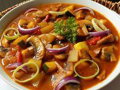 Myslíme si, že by sa vám mohli páčiť tieto piny - Soups And Stews, Thai Red Curry, Good Food, Paleo, Food And Drink, Health Fitness, Treats, Vegetables, Cooking