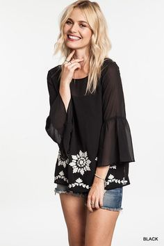 FLORAL EMBROIDERY ACCENT BLOUSE- Black
