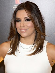 Eva Longoria is borderline perfect. No seriously, her skin is flawless, her hair is better-than-flawless and her personality is sweet. Well, we got the scoop on Eva Longoria's beauty secrets to help you (Oh, we're taking notes, too) master her trick to looking 10 years younger.