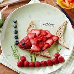 A fun way to get children to eat their fruits! #food_art #food art