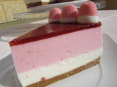 Nice looking Cheesecake 🍰 Sweet Recipes, Cake Recipes, Thermomix Desserts, Pink Foods, Cheesecakes, Cake Pops, Vanilla Cake, Food Porn, Food And Drink