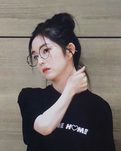 Seulgi, Korean Girl, Asian Girl, Rv, Red Valvet, A Love So Beautiful, Drawing Wallpaper, Red Velvet Irene, Korean Fashion Trends
