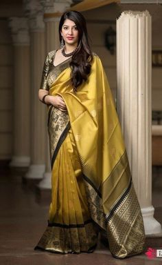 Here is a perfect traditional Bollywood saree that will make you stand out in a crowd. Its beautiful, ethnic and exotic. This sari can make your wardrobe look stunning in party and wedding ceremony. Indian Silk Sarees, Art Silk Sarees, Indian Beauty Saree, Mode Bollywood, Bollywood Saree, Bollywood Fashion, Silk Saree Kanchipuram, Banarasi Sarees, Bridal Silk Saree