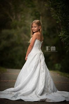 Daughter in mothers wedding dress,   Photography by Pregnant Memories by Rikki-Lee Wrightson  www.pregnantmemories.com