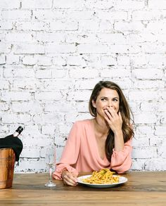 Keri Russell on the Art of Eating, Afternoon Wine, and Bad Music - Bon Appétit