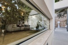 HW73 by Bernard Vella Architecture & Design