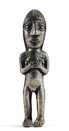 PETITE FIGURINE FÉMININE  CULTURE INCA  PÉROU  1400-1500 AP. J.-C.  SMALL INCA SILVER FEMALE FIGURE, PERU