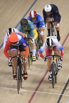 Women's Keirin finals Rio Olympic Games 2016 / AFP