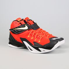 buy popular 7c7a3 acbf4 Nike LeBron Zoom Soldier featuring Cleveland Cavs colors. VILLA