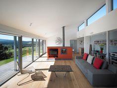 Dlhý ekologický dom s výhľadom