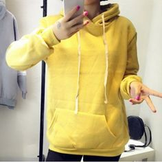 Stylish Hooded Long Sleeve Solid Color Pocket Design Women's Hoodie
