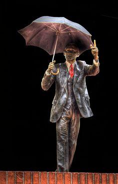 Umbrella Man - Public Art in Portland, Oregon Portland City, Portland Oregon, Umbrella Man, Oregon Living, Port Angeles, Beautiful Places To Live, State Of Oregon, Capitol Building, Public Art