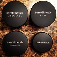 Flawless Bare Minerals I swear this stuff is amazing! My face looks naturally beautiful and no parabens or yucky artificial crap in it either! Love love love bare minerals!! #baremineralseyeshadow