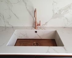 beautiful 1810 axix sink clad in Entzo Dekton Kitchen Worktop, Kitchen Space, Countertops, Dekton, Granite Worktops, Kitchen Taps, House Inspiration, Interior Floor, Sink